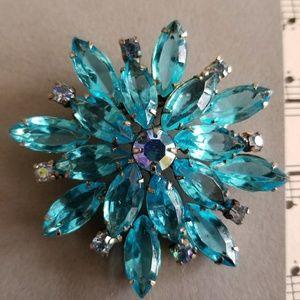Vintage rhinestone flower brooch aqua blue silver
